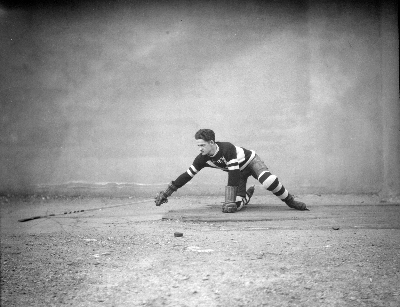 Exemplar: Buster Pennock, captain of the Vancouver Amateur Hockey Club, demonstrates the hook-check circa the 1929-30 season. (Photo: Stuart Thomson, Vancouver Archives, AM1535-: CVA 99-3805)
