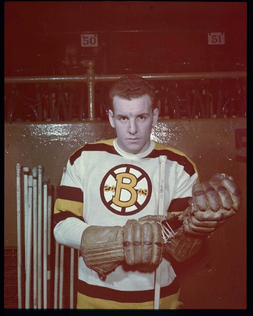 Special Ed: As a junior, ed Sandford skated for Toronto's own St. Michael's Buzzers and Majors; by 1947, he was a Boston Bruin. Seen here in January of 1949, he finished his nine-year NHL career as a Blackhawk in Chicago. (Photo:Louis  Jaques/Library and Archives Canada/e002343753)