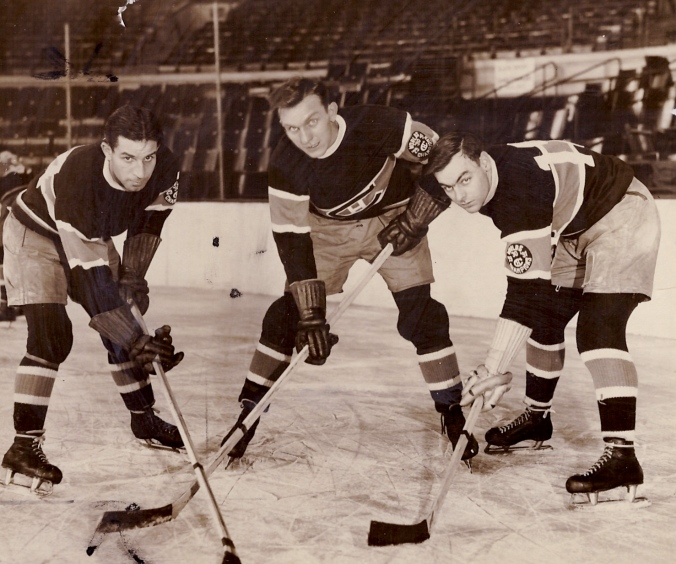 Montreal Mite: On early 1930s ice, left to right, Johnny Gagnon lines up with Canadiens teammates Gus Rivers and Sylvio Mantha.