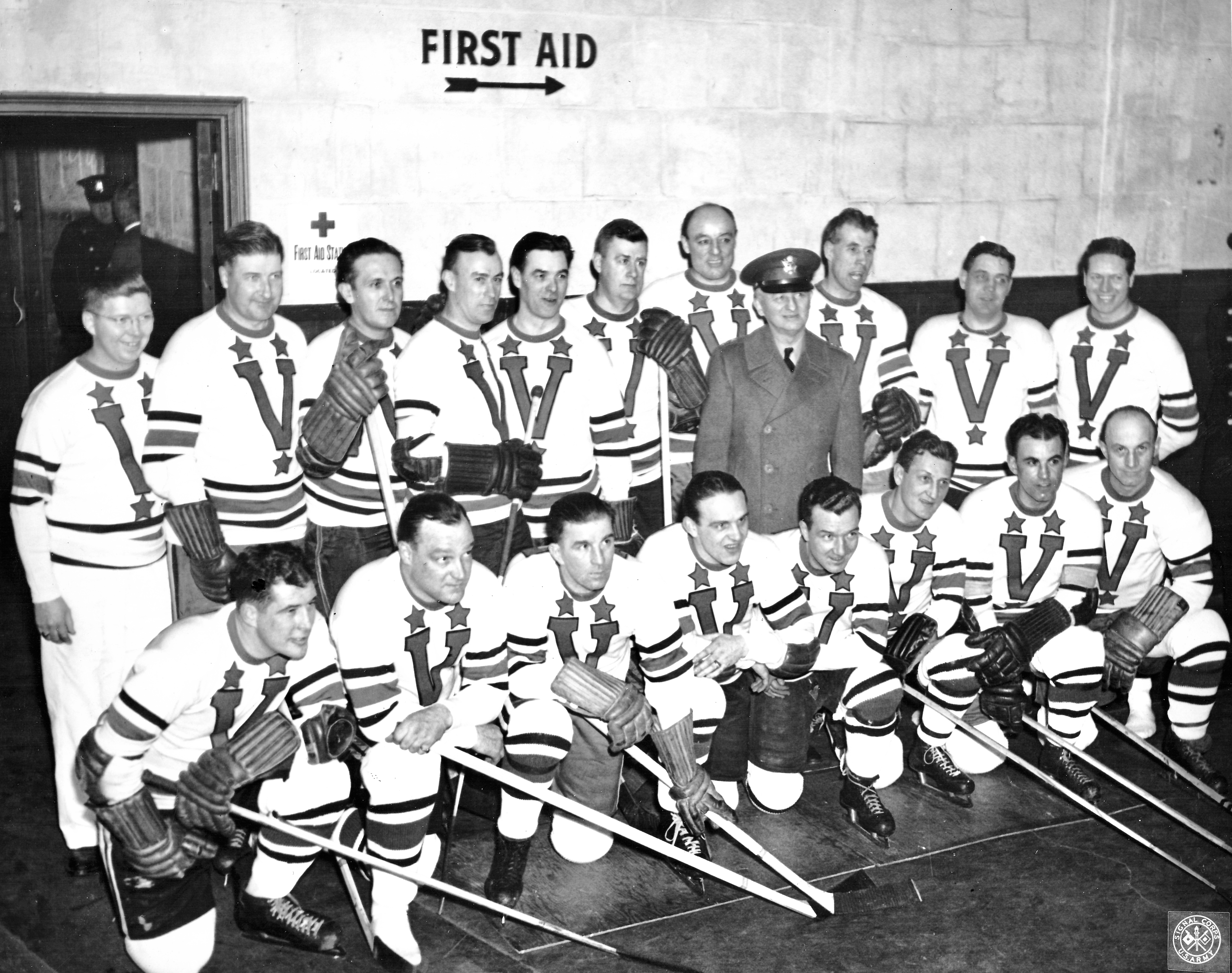 victory lap: in 1942, the nhl's aged all-stars lined up in boston